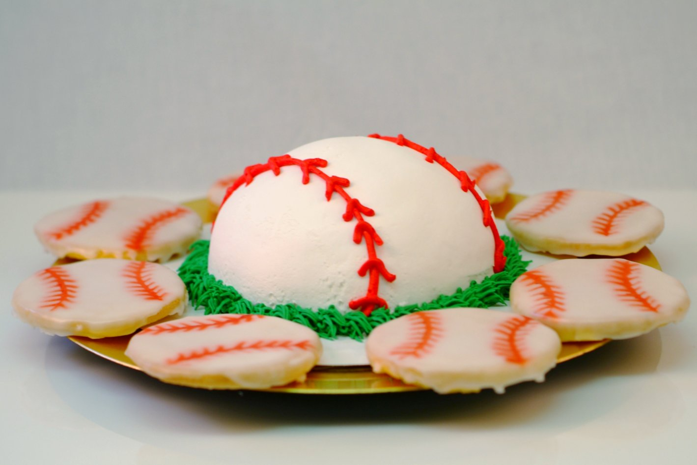 baseball cake and cookies